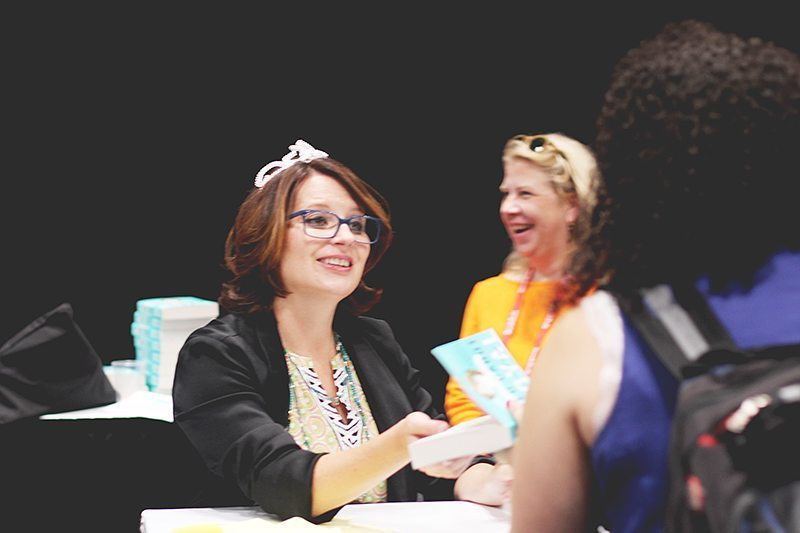 meg cabot royal wedding signing book expo america